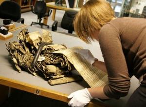 archivist-public-historian