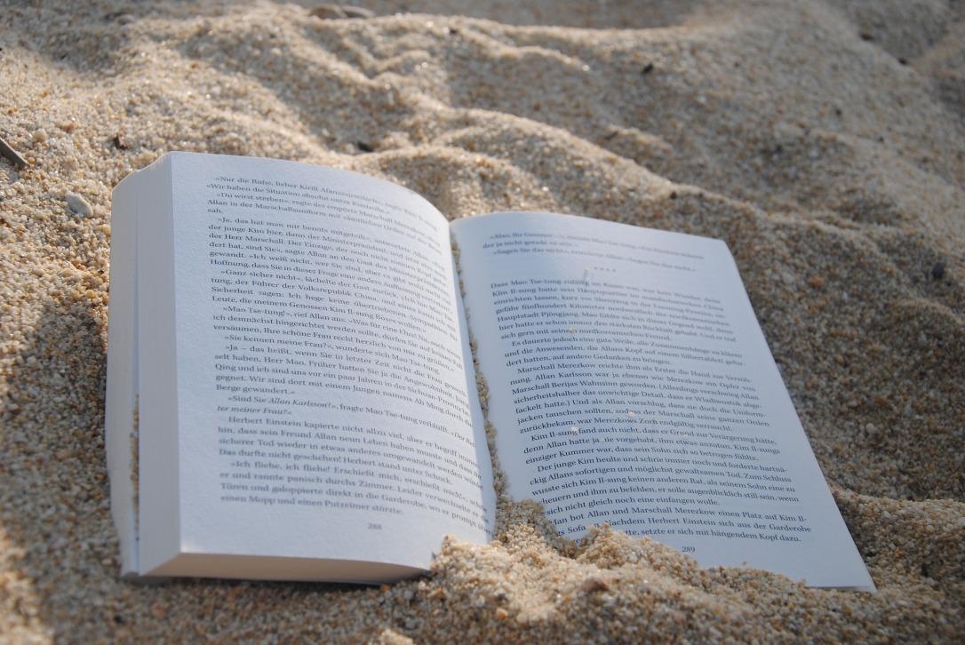 book-1549589_1920